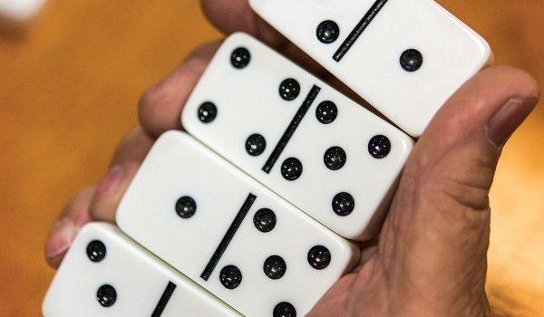 Awal Bermain Domino